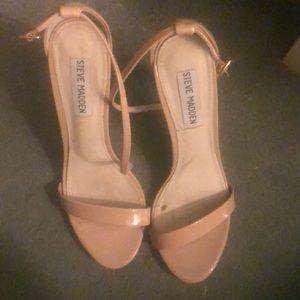 steve madden stecy nude patent shoe